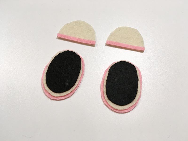 【2歳児の寝かしつけに】「いないいないばあっ!」のモウフーの作り方 モウフーの目を作る フェルトで涙袋を作る