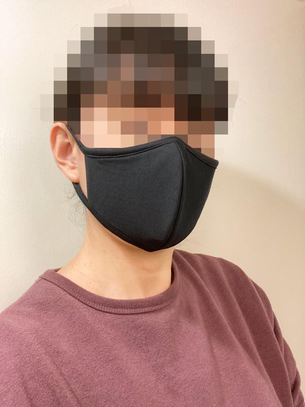 【マスク比較レビュー】GUの高機能フィルター入りマスク ブラックM 着画