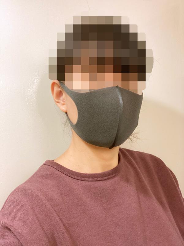 【マスク比較レビュー】PITTA マスク レギュラー グレー 着画