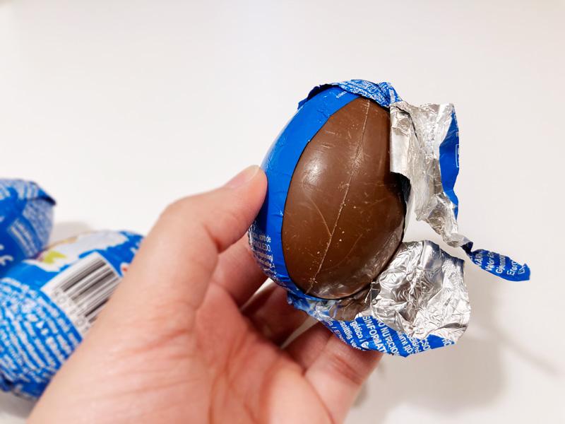 【西松屋購入品】パウパトロールのZaini製チョコエッグ チョコが出てきました