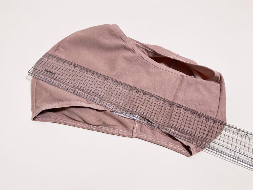 GUの吸水サニタリーショーツ「トリプルガードショーツ」レビュー パッケージ 上:11 PINK L クロッチのサイズ比較