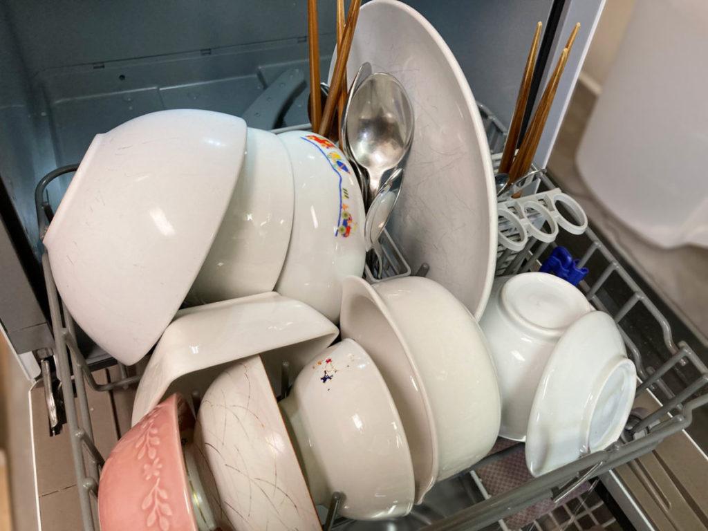 東芝 TOSHIBA 食器洗い乾燥機 DWS-22A  食洗機 標準コースで食洗 洗い上がり